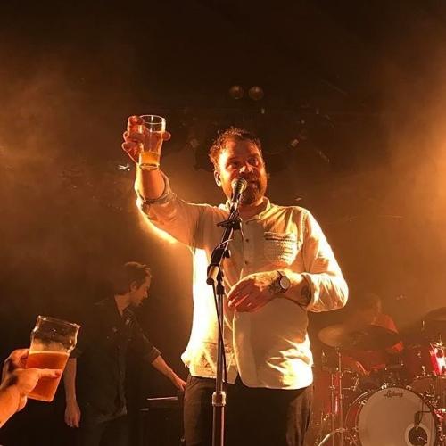 Cheers! Was a blast having indie Scotts Frightened Rabbit in over the weekend! 🍻 📷: @themanicpixiememegirl #melbournemusic #livemusic #melbournebars