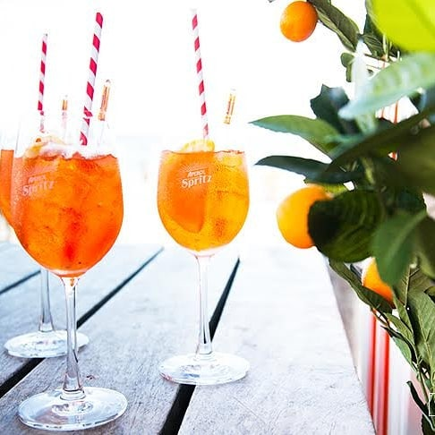 Aper-rolling out of the weekend at the first of our Spritz Sunday sessions today! Our friends at Aperol Spritz have set up shop in the rooftop bar and we'll be slinging these babies out this arvo whilst DJ Knave spins the good stuff. 💃🍹
