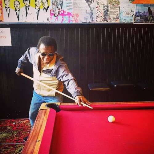 You might be cool, but you'll never be 'Lee Fields taking a shot on the front bar pool table' in sunnies cool. 😎 📷 @leefieldsandtheexpressions