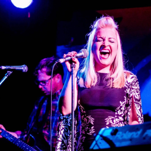 Big congrats and chookas to Corner alumni @katemillerheidke for making it into the final of Eurovision! 👏 Pictured here performing at one of her THREE sold out shows back in 2012. #tbt 📷 @rebecca_houlden
