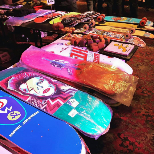 The ASC Skate Swap Meet makes it way back to the pub this weekend! There'll be heaps of gear, merch and more on offer all arvo.  Check out some of the great stuff they had last year above and get down from 12-4pm this Sunday.  @rhi.rhi.wine.yogi