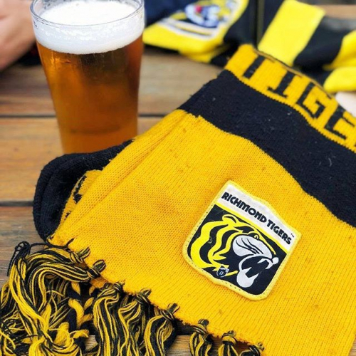 Wanna watch the footy at the pub? Just let us know in the comments section of your booking form and we'll be in touch with info on timings! 'Cause there ain't much like cheering on the Tiges in the heart of Tigerland, right? 🐯 📷 @__temps___